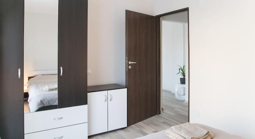 Hermann Apartments 8