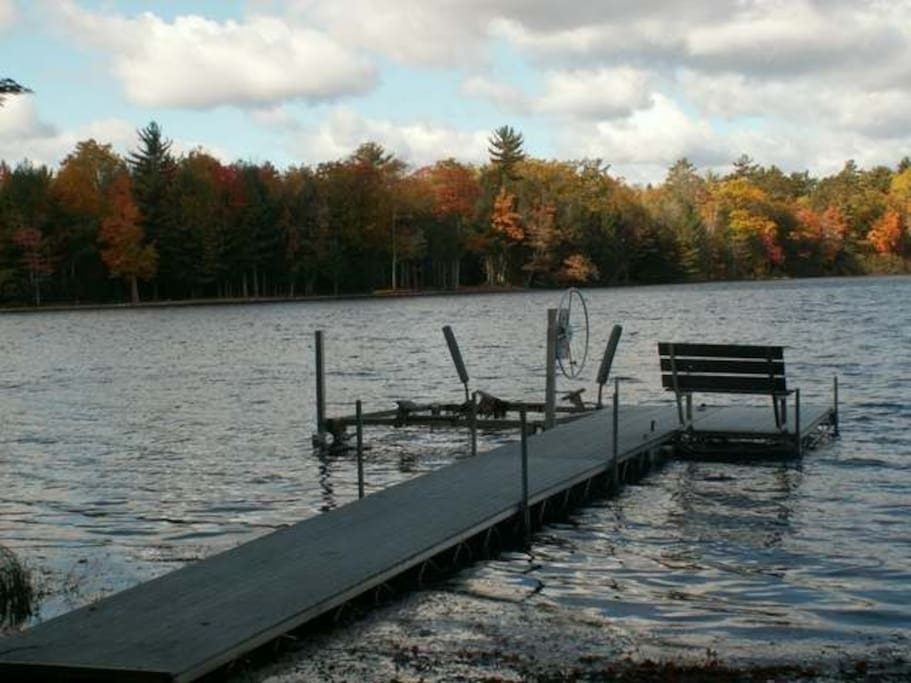 Located in a secluded bay perfect for fishing, swimming and relaxing. Pier, row boat and canoe all available to use.