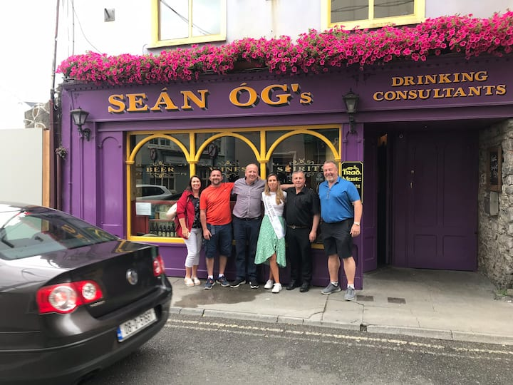 Sean ogs bar and bed and breakfast