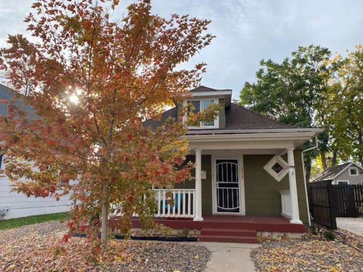 Adorable House for rent in Denver!