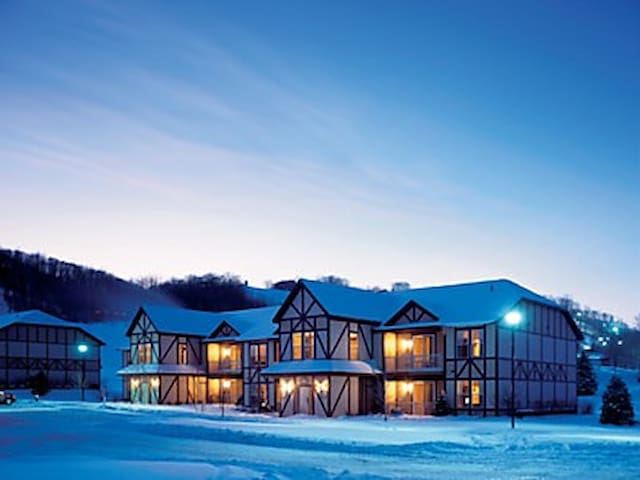 Mountain Run at Boyne 1 Bedroom Suite May 15-16