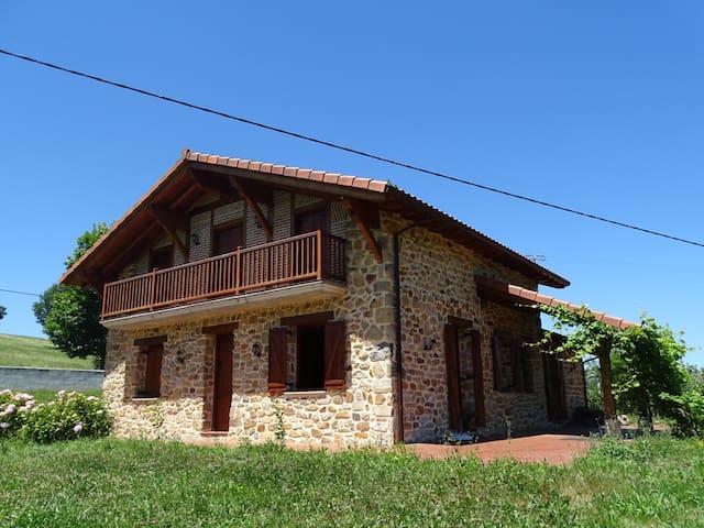 Casa con encanto en Carranza - Carranza - Huis
