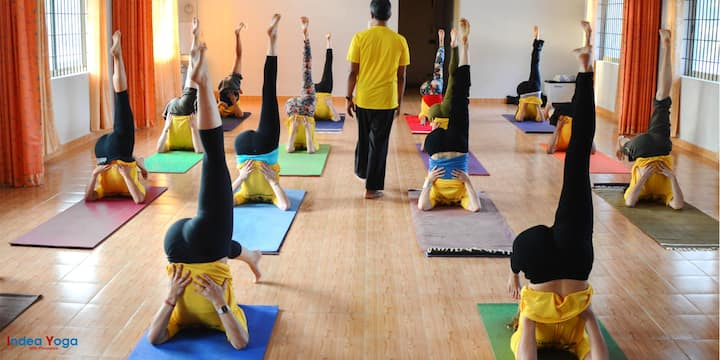 Yoga and meditation in Pushkar