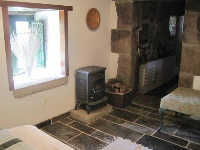 En-asuite Bedroom in old stone Farmhouse