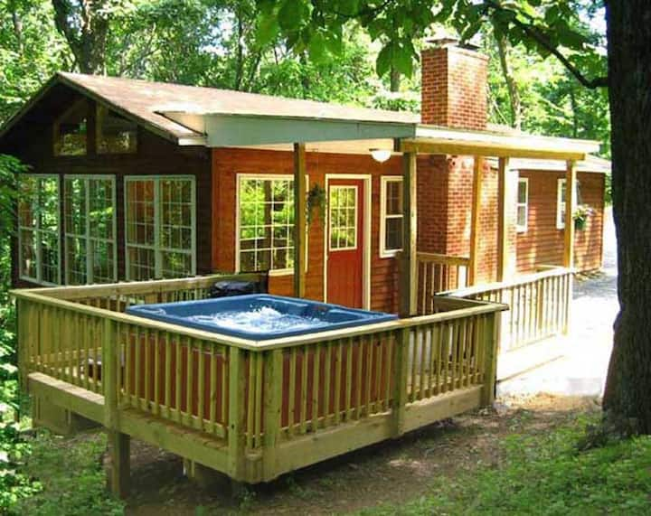 Hot Tub Heaven #8 - Vacation Cabin for Rent in Front Royal, Virginia