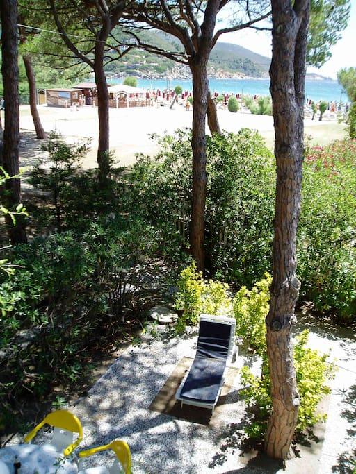giardino privato lato mare