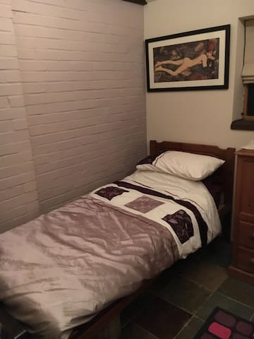 Stable conversion bed and bathroom - Wymondham - House