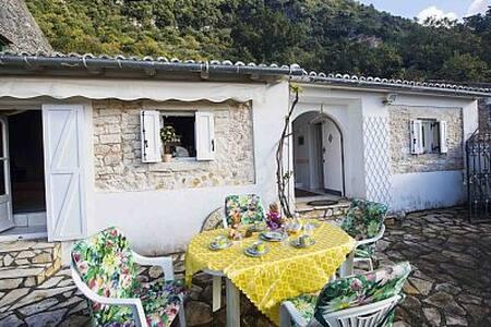 Villa Elea,Stroggyli-Acharavi - Corfou - Maison