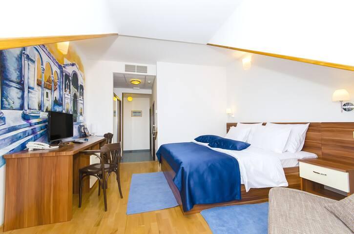 Palma rooms B&B - Family room (bed & breakfast)