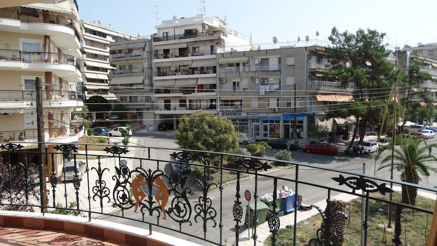 Spacious Apartment in Kalamaria, Thessaloniki