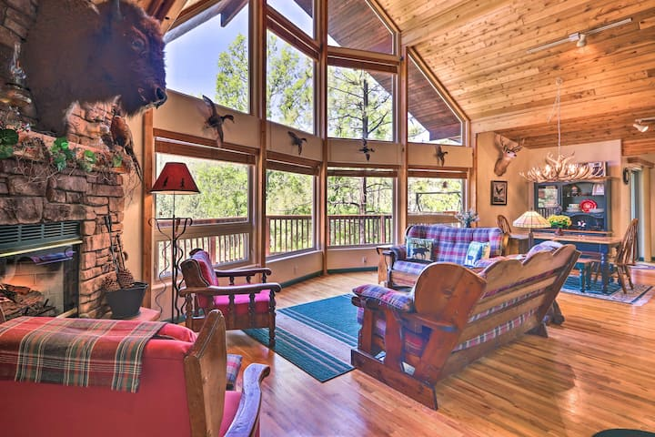 NEW! Rim Country Retreat w/Multi-Level Deck & View