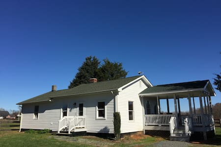 Milker's Cottage at Wolftrap Farm - Gordonsville - Rumah