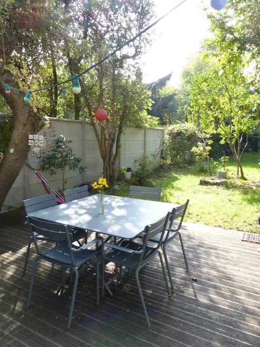 Maison de charme avec jardin tr s proche de paris for Salon de jardin ile de france