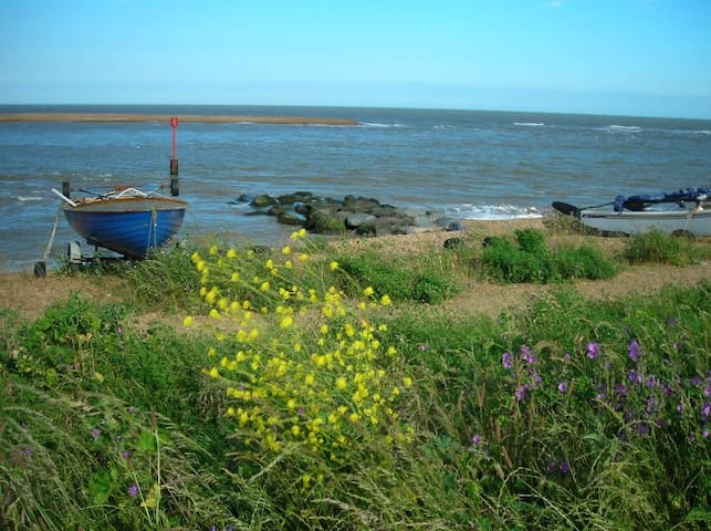 Golf View (Bungalow) on the Suffolk Coast