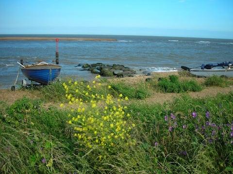 Golf View on the Suffolk Coast , Felixstowe Ferry
