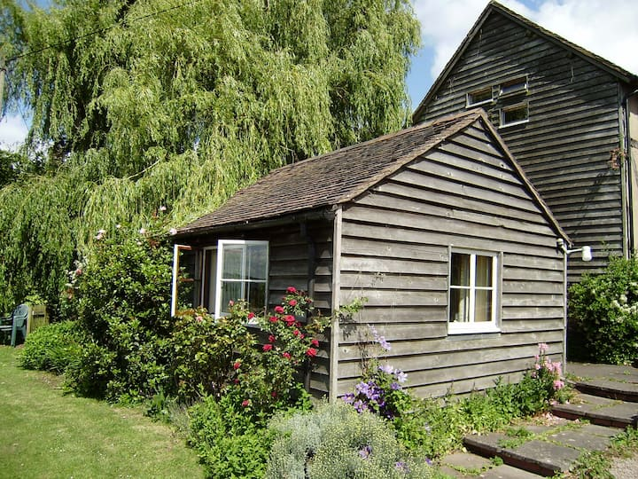 Duck Pond Cottage, Cradley Nr Malvern WR13 5JR