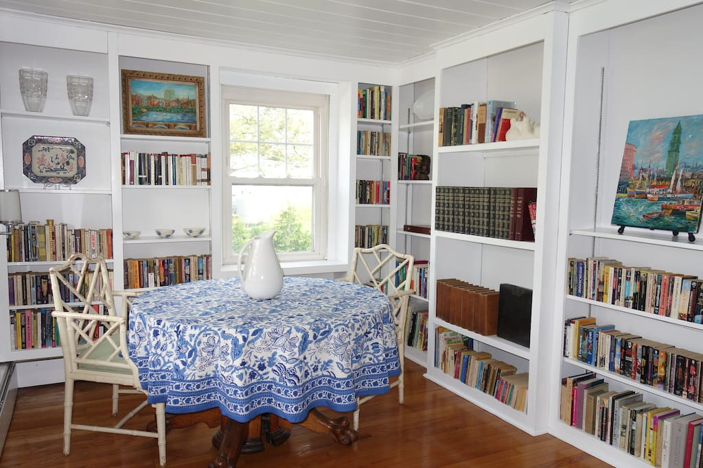 Entry Library - enjoy our books! Or roam the internet from this sunny spot.