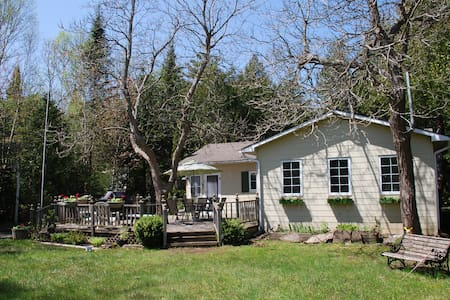 Cute 3BRD Cottage Close to the Beach - Sauble Beach - House
