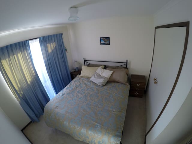 Comfortable Room in Central Leongatha - Leongatha - House