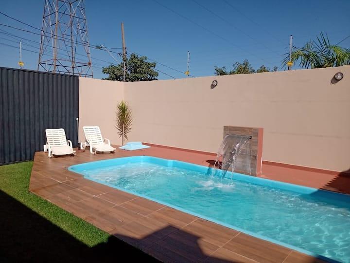 Casa com piscina e lugar tranquilo