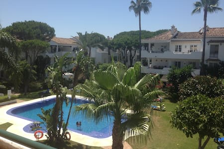 Bed&Golf Lesson - Marbella