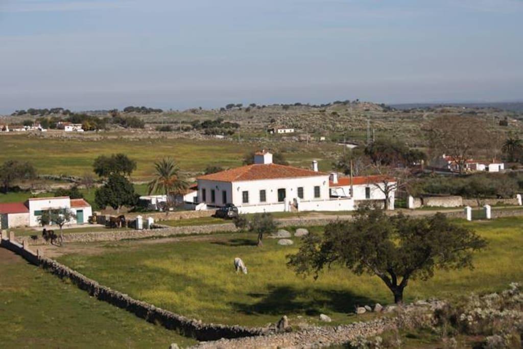 Casa de campo con finca privada en extremadura villas - Casa de campo en valencia ...