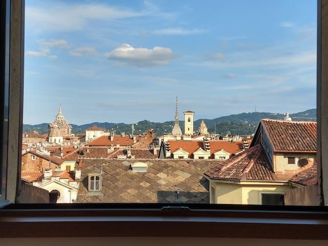 Luce e relax nel Quadrilatero Romano