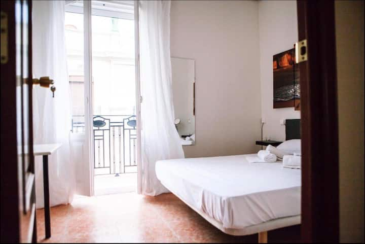 Namaste Guest Private Room N3 (w/ shared bathroom)