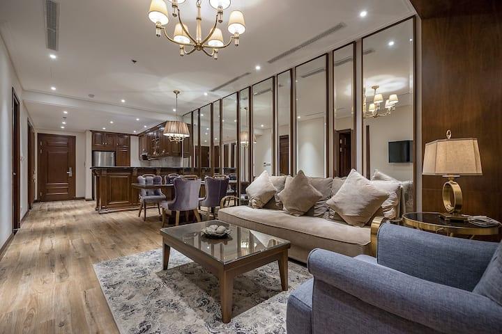 Luxury 100m2 Apartment near French Quarter