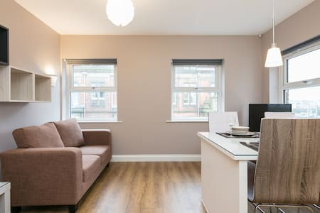 Penthouse Apartment - Flat 2E - Preston