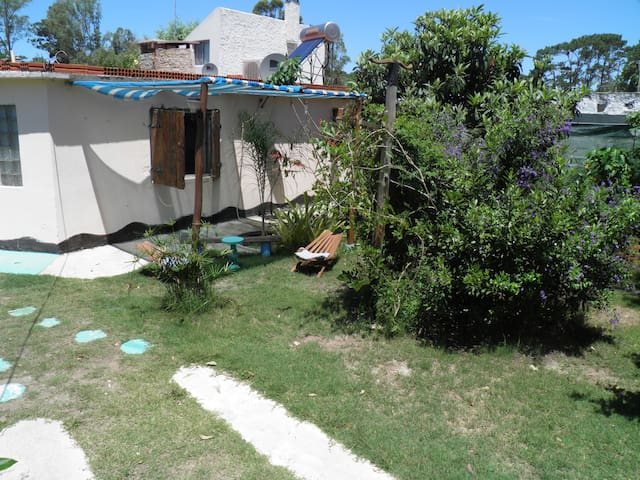 Linda Casa en Atlantida-Naturaleza - Atlántida - House