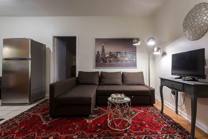 Charming, spacious cozy 2 bedrooms