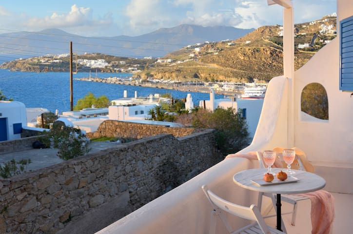 Mykonian Secret- amazing sea view in Mykonos town