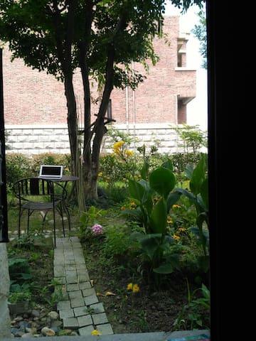 滴水湖花园 gadern room2 - เซี่ยงไฮ้