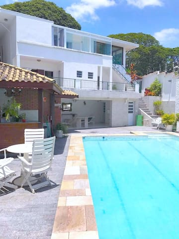 Comfortable suite in prime neighborhood with pool - São Paulo - House