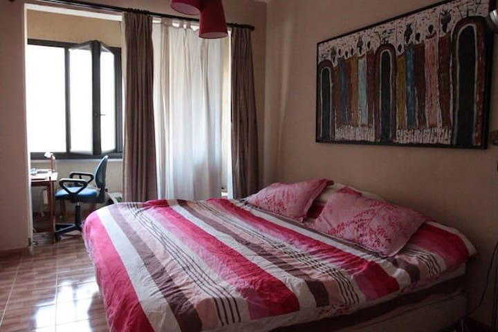 In-suite comfy spacious & calm room - Achrafieh