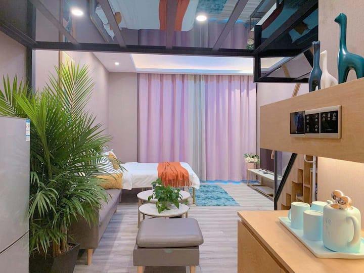 轻奢豪华loft双床房(距离拱北口岸车程10分钟)【热带之旅】