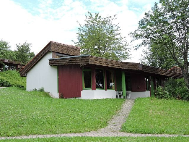 Feriendorf Tieringen, (Meßstetten), Ferienhaus 3 Oberdorf, 85qm, 3 Schlafzimmer, max. 6 Personen