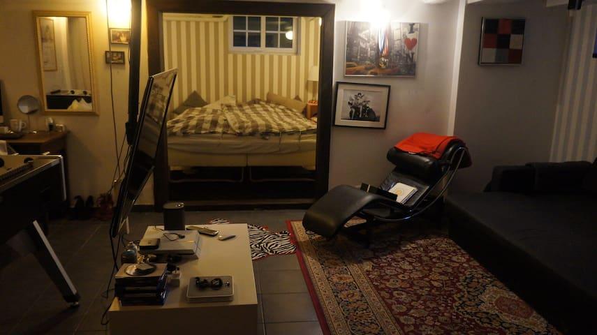teenage room in basement