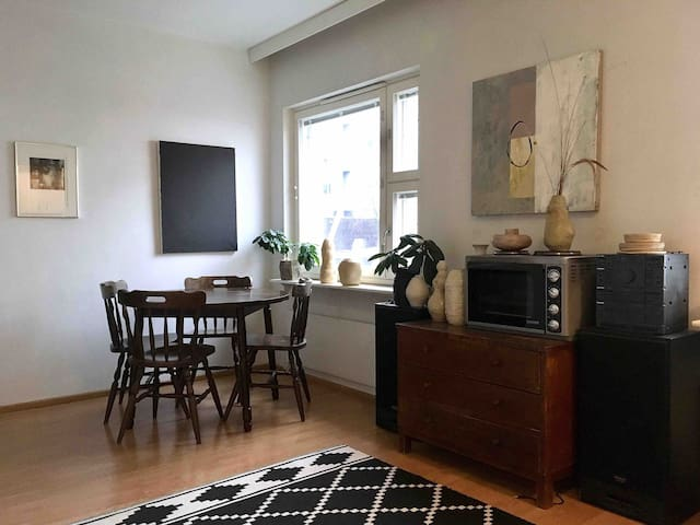 Cozy studio apartment in Hakaniemi, Kallio