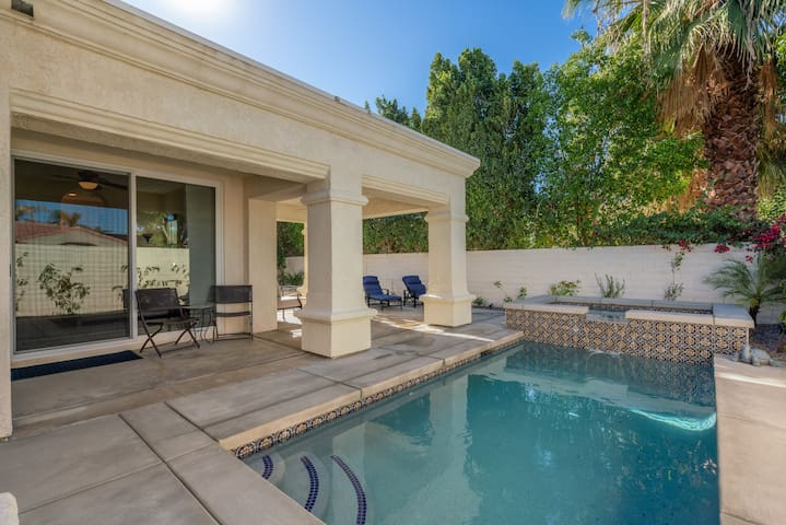 Newly Remodeled 3 BR 3BA Home With Private Pool