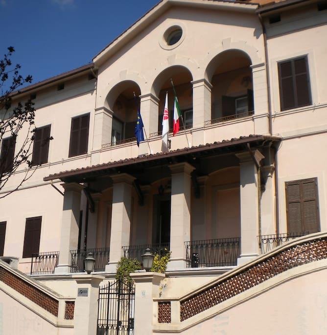 IED Roma - Istituto Europeo del Design (a 50 metri)