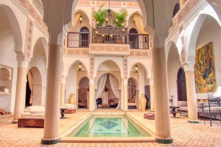 Deluxe Room in a traditional Riad