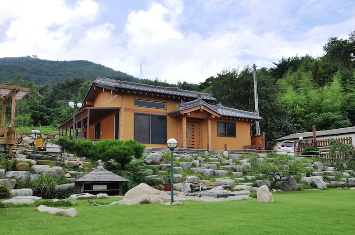 Private & Traditional house in Namhae - Gohyeon-myeon, Namhae - Haus