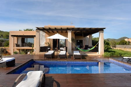 beautiful house in the nature of  cala Jodal - Ibiza - Villa