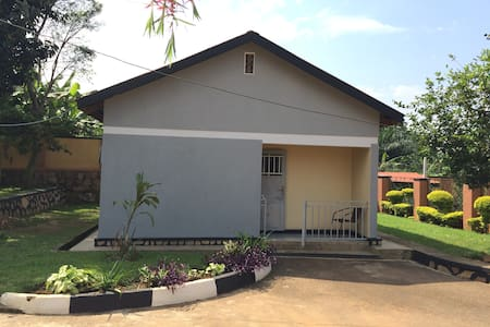 Two bedroom house for rent -Uganda - Entebbe - Dom