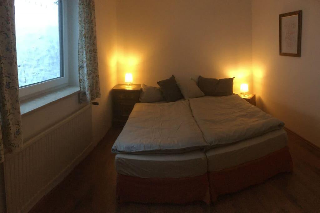 Schlafzimmer 3x gleich