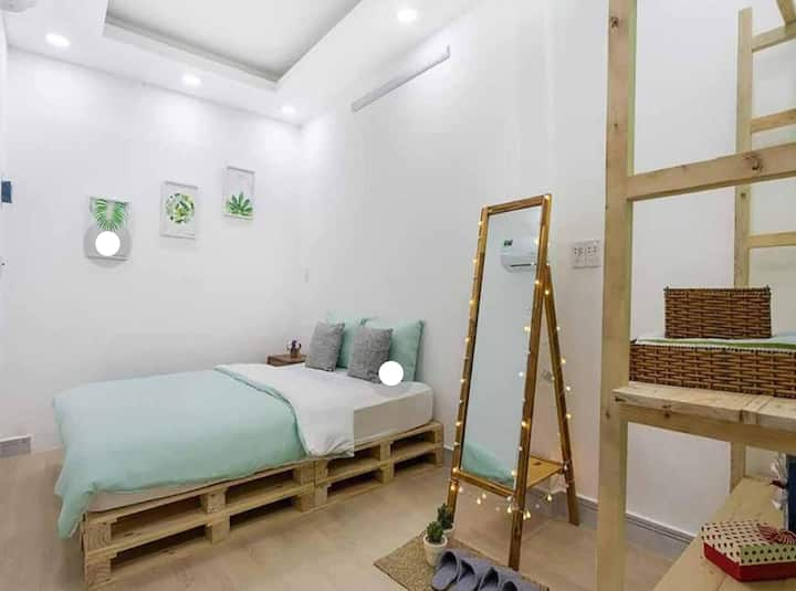 Vevy House -2BR*Free pick up - 1mins to HAN market