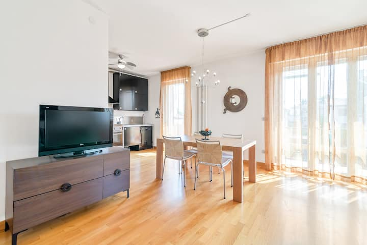 Peaceful apartment x5! Free parking in the street