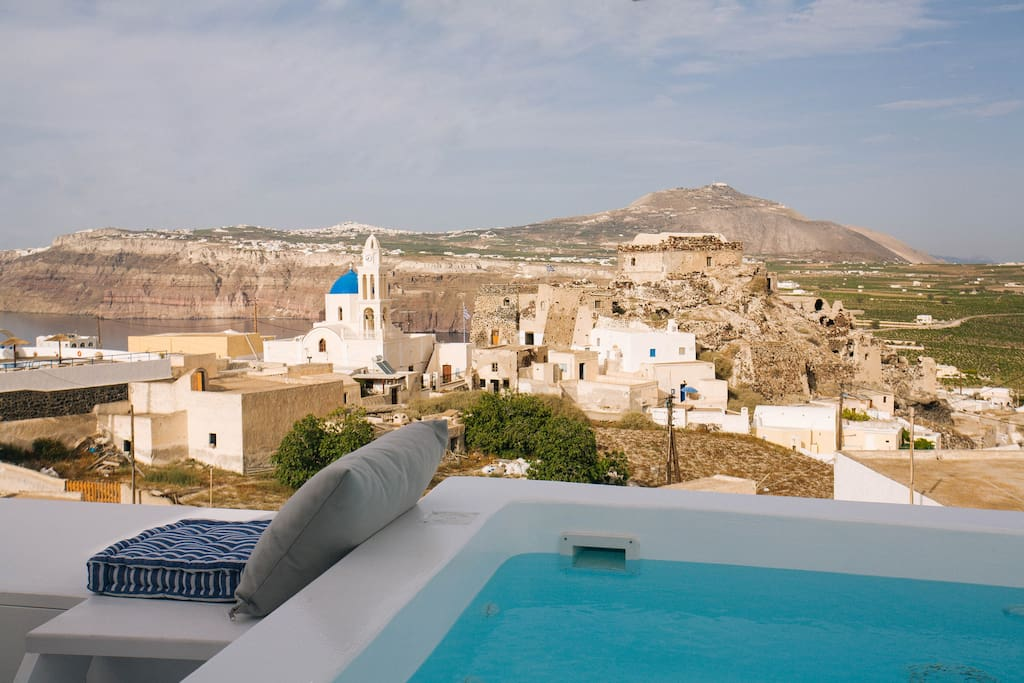 Caldera view from the Jacuzzi!